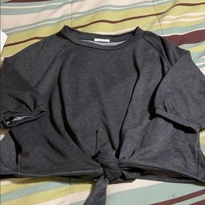Pullover 3/4 Sleeve  cropped Sweatshirt. EUC!
